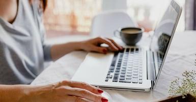 smart_working_laptop_computer